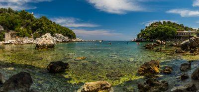 Een HDR-Panorama opname van de baai van Damouchari, het plaatsje van Mamma Mia!